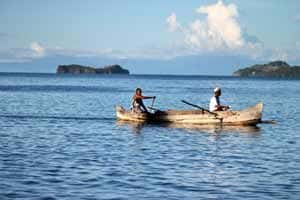 deplacement en pirogue madagascar